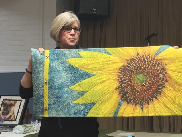 Quilt showing sunflower