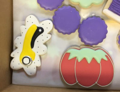 Sewing themed cookies